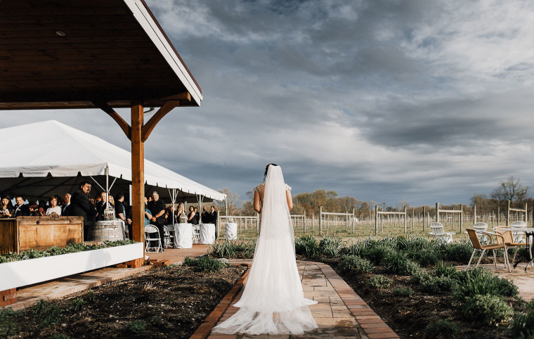 Willow Creek Winery & Farm Wedding