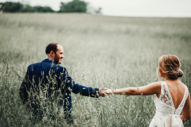 twisted-oaks-studio-maggie-jordan-farm-wedding-0049